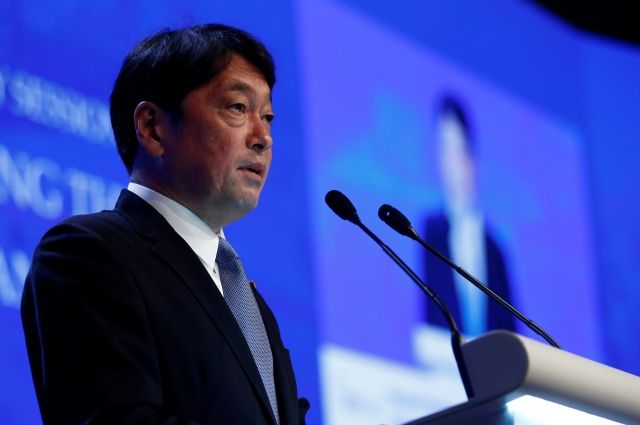 Япония не намерена отменять запланированные военные учения с США
