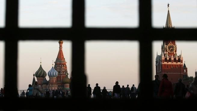 NZZ: санкции стали для России нормой, но смирение — не выход