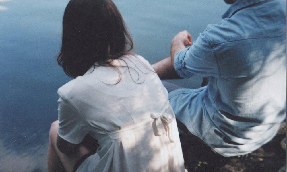 Если вы делаете эти 6 невинных вещей, ваши отношения под угрозой