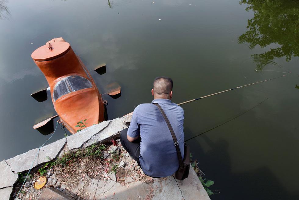 2568823 980x1200 0 Китайский крестьянин делает мини подлодки на продажу
