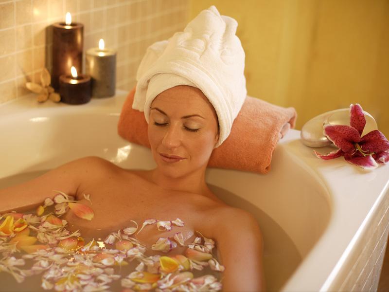 Оздоровительный и омолаживающий эффект от принятия ванн