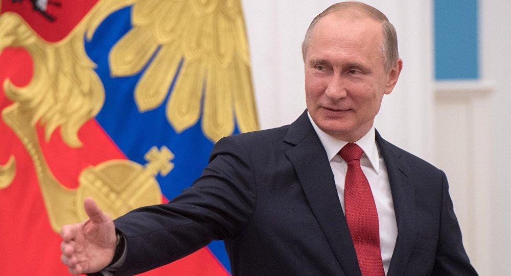 Путин побеждает молча.