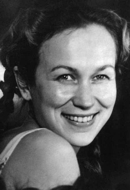 Майя Булгакова первая любовь Савелия Крамарова