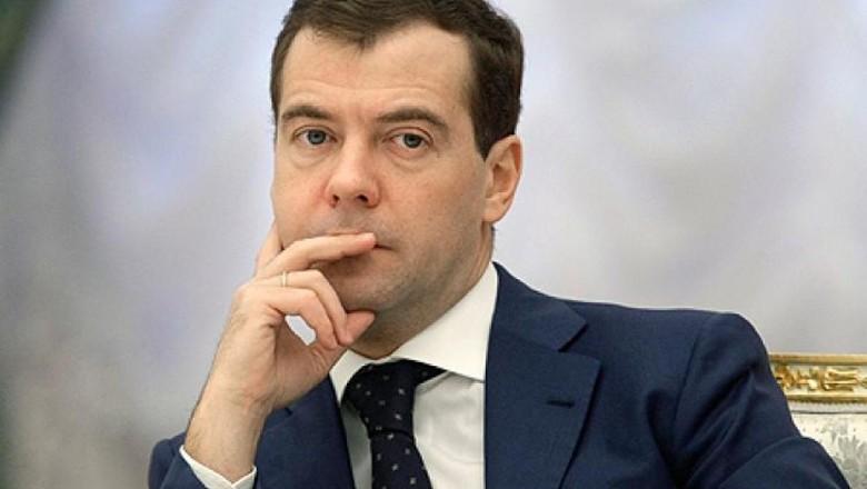 """МВД не нашло фактов коррупции в расследовании Навального """"Он вам не Димон"""""""