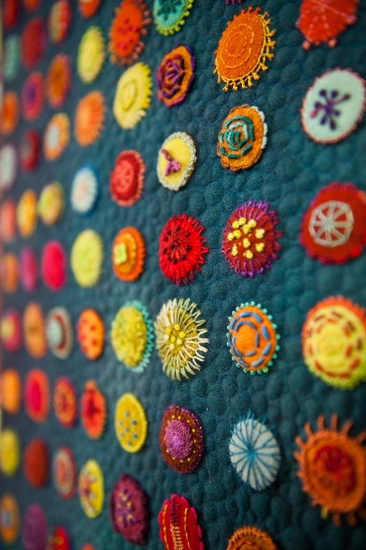 Примеры современной вышивки: http://sam.mirtesen.ru/blog/43542259552/Primeryi-sovremennoy-vyishivki