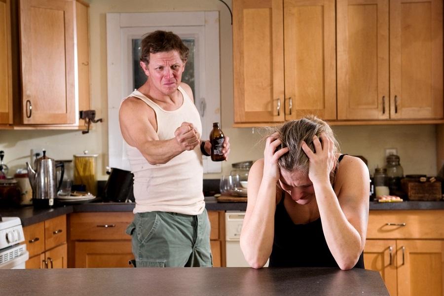 Муж считал, что после развода я с ребенком пойду жить под мост, но зло было наказано, ура!