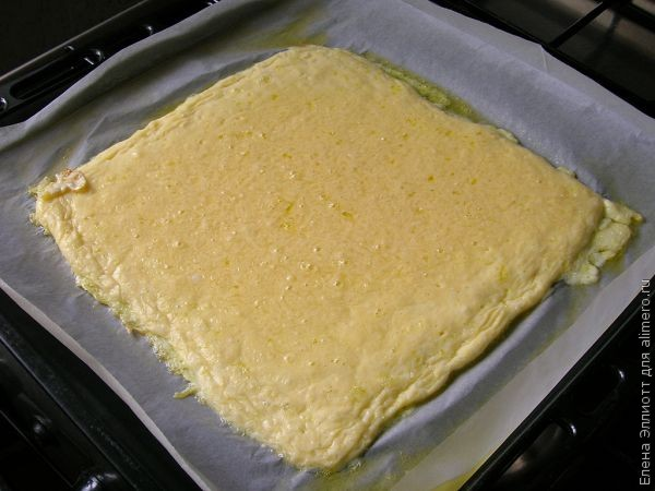 Рулет из сыра и курицы в духовке
