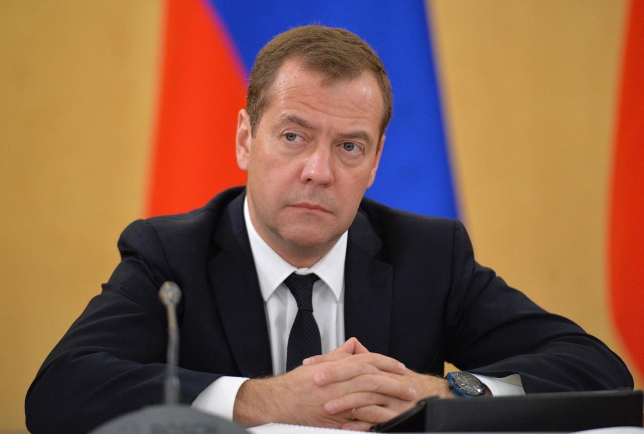 Медведев рассказал о нарушениях в предвыборной кампании на Украине
