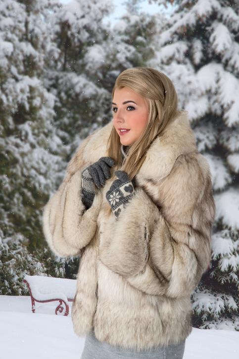 Модные женские полушубки 2017