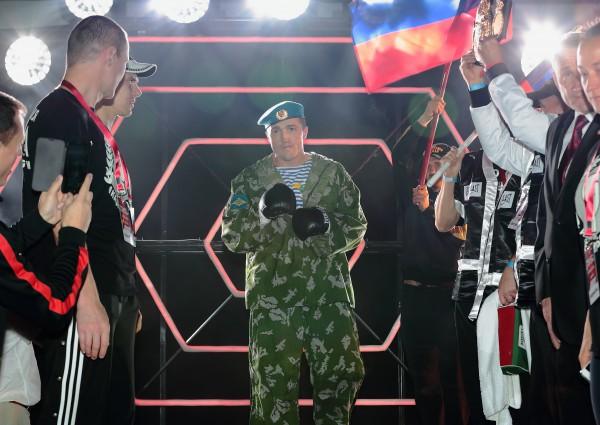 Я отправлю свой денежный приз нашим братьям-славянам на Юго-Восток — чемпион мира по боксу Денис Лебедев