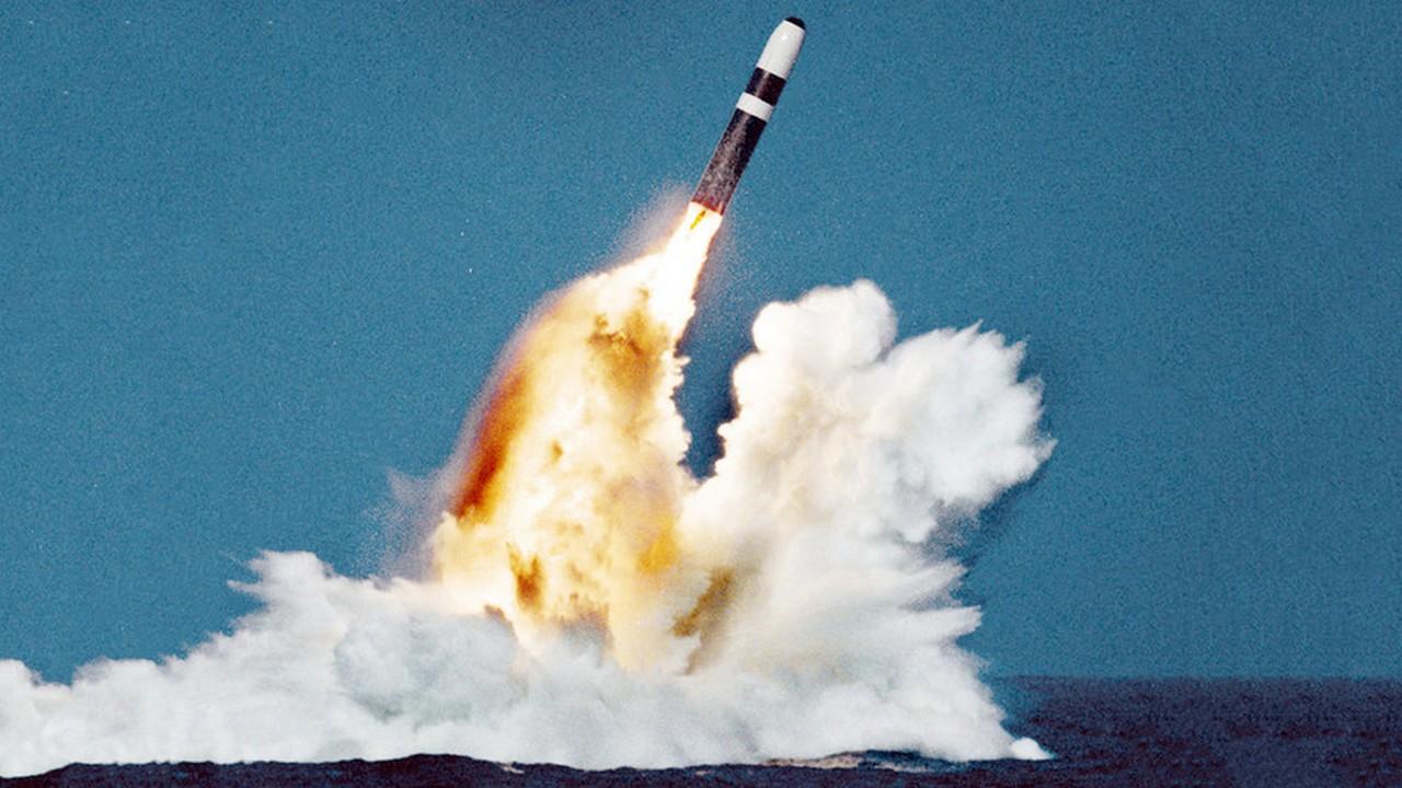 Втягивание в гонку вооружений: с чем связан потенциальный отказ Вашингтона от продления СНВ-III?