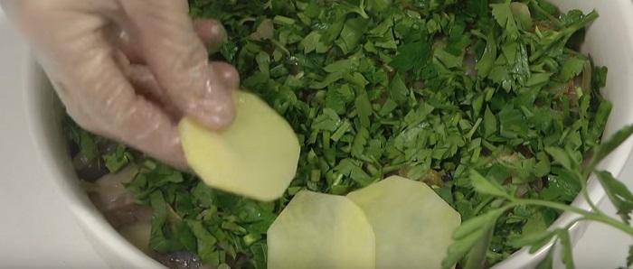 вкусная запеканка с картофелем и сельдью