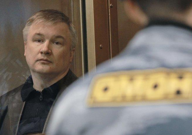 Людмила Алексеева сообщила, что Путин обещал ей помиловать экс-сенатора Изместьева