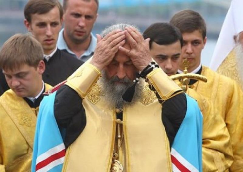 Киев натравил СБУ на православных священников