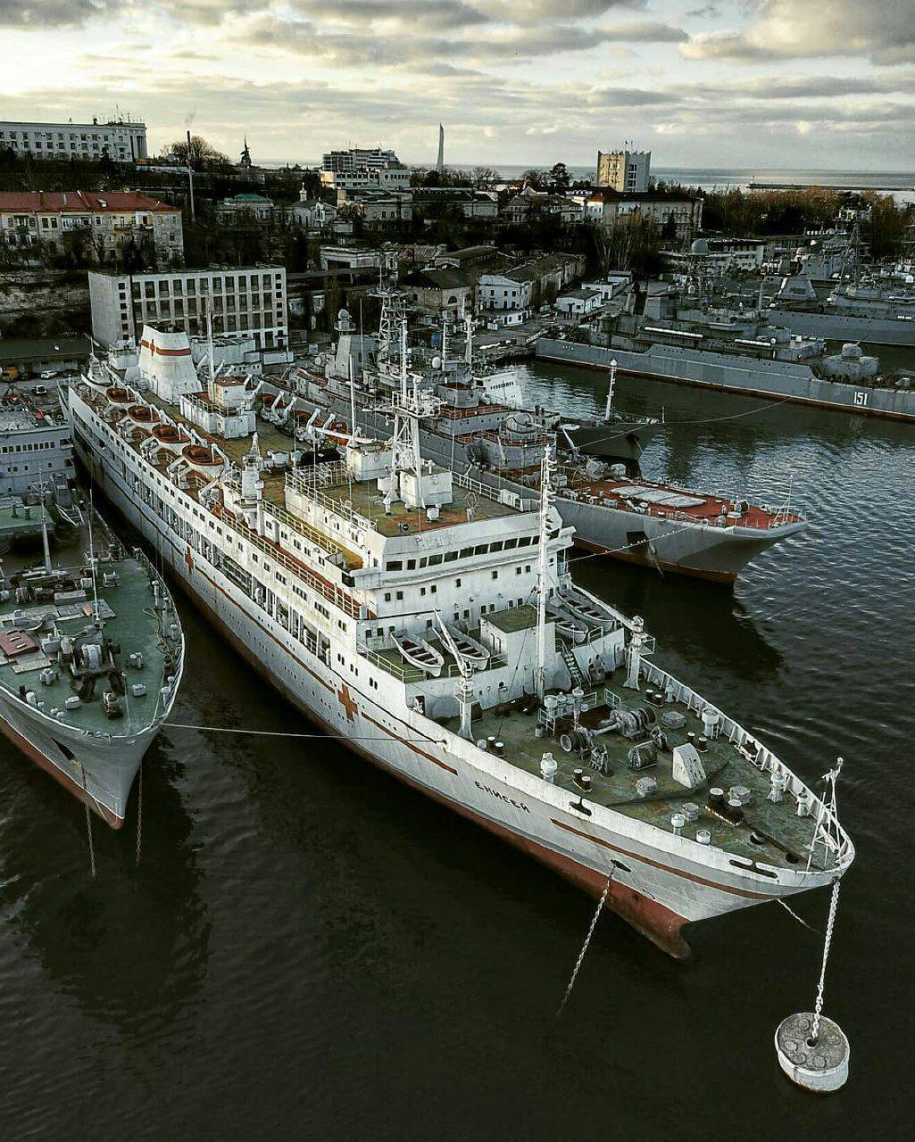 Уникальные судна Российского флота