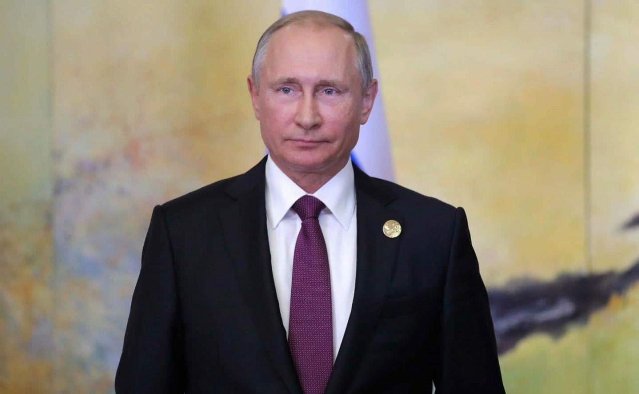 Россия застыла в тревожном о…