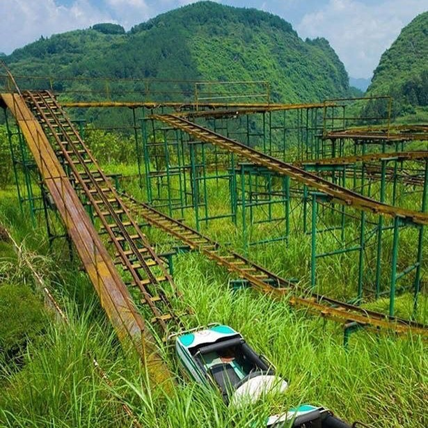 Горки, Китай заброшенное, красиво, мир без людей, природа берет свое, фото, цивилизация