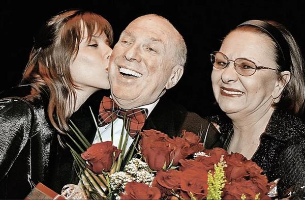 С. Юрский и Н. Тенякова с дочерью Дарьей