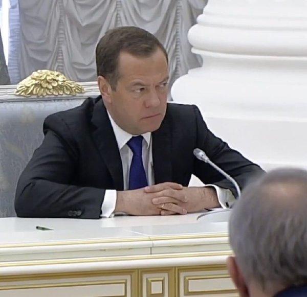 Взгляд Медведева, первое заседание нового состава Правительства, 26 мая 2018 года