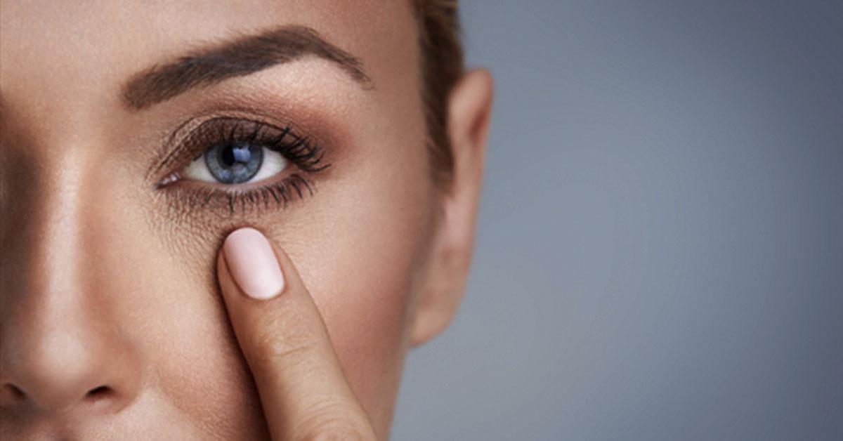 Уход за кожей вокруг глаз: советы красоты