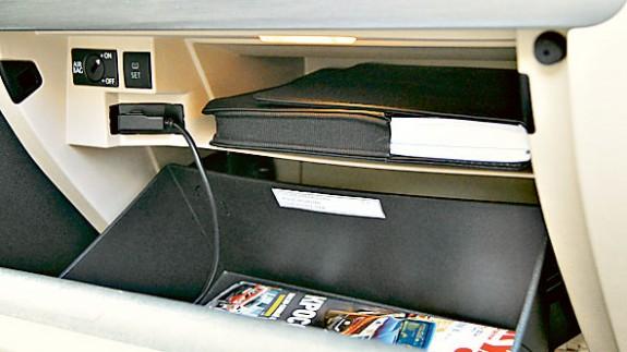 Volkswagen Jetta 1.4TSI: как старший