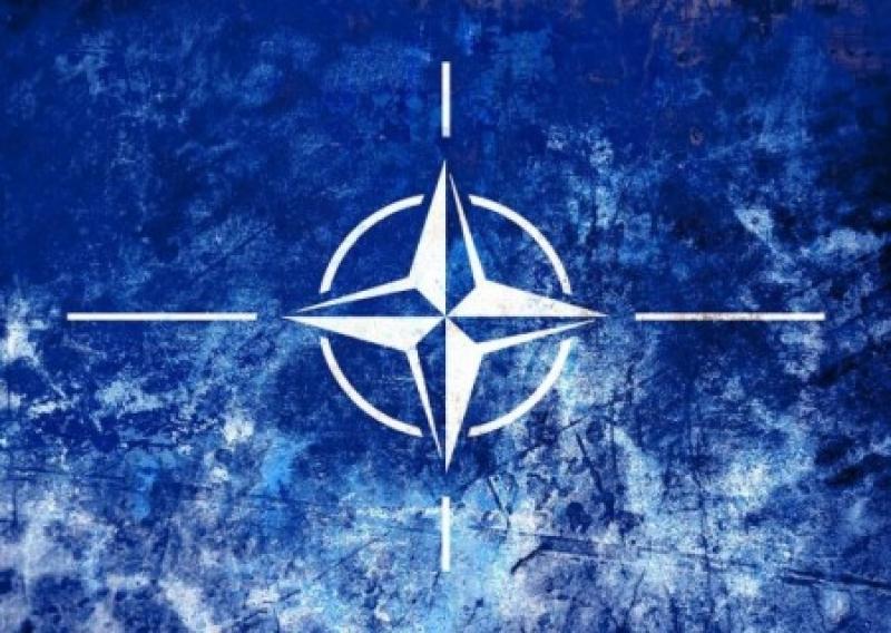 Spiegel раскрыл секретный отчет НАТО: Альянс не способен составить конкуренцию российской армии