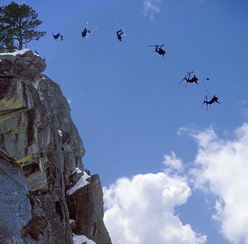 Что такое спидрайдинг: с парашютом на лыжах
