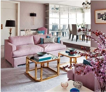 Интерьер по-европейски: 10 идей с диваном в неожиданных местах фото 11