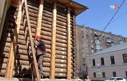 В Москве восстанавливают переживший пожар 1812 года деревянный дом