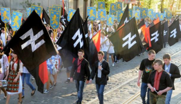 Во Львове флаг бандеровцев в…