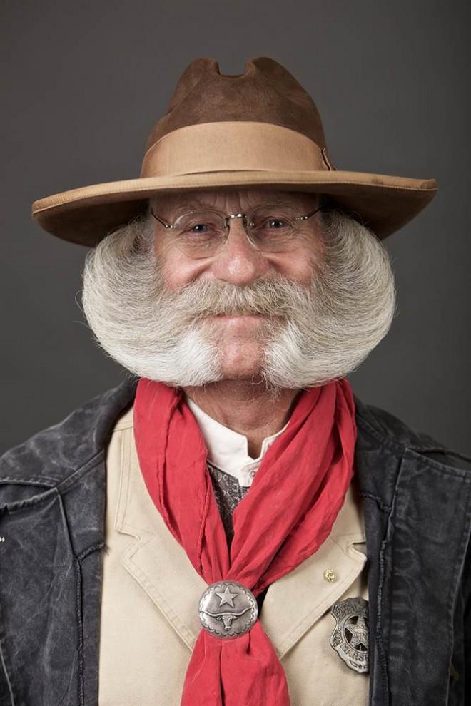 moustaches03 Чемпионат мира по бороде и усам — 2014