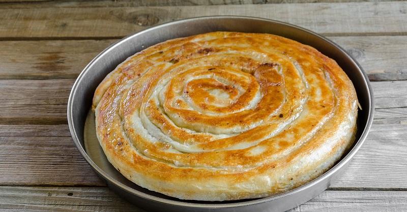 Как приготовить сочный пирог…