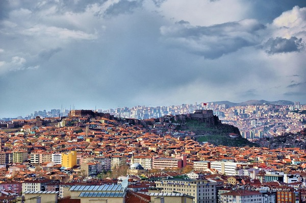 В Турции попал в аварию авто…