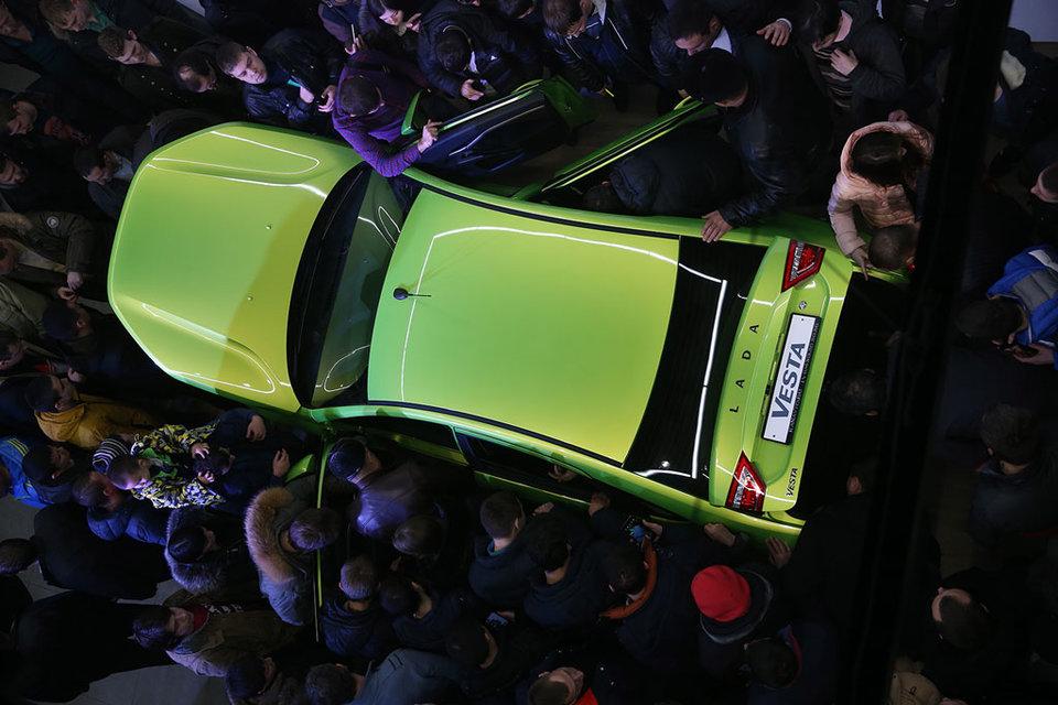 Производство Lada не успевает за растущим спросом