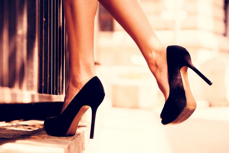 как растянуть обувь ботинки