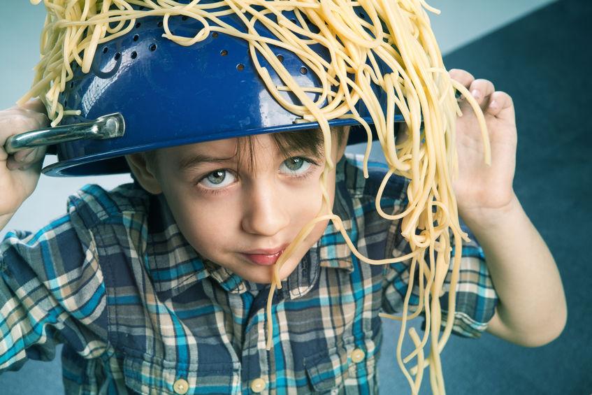 Как ломать спагетти ровно?