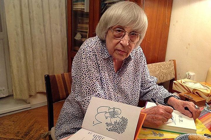 Юнна Мориц: Я пишу и рисую бесплатно, - это мой выбор, и моя чистая радость