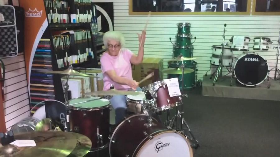7 самых задорных бабушек