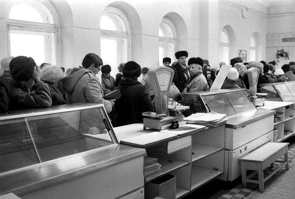 О причинах очередей в СССР