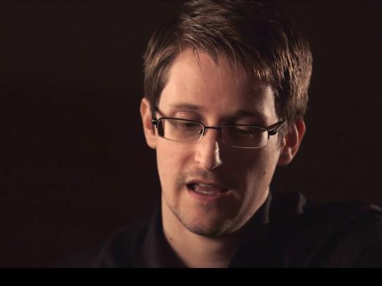 «С Путиным не согласен, проблема в правительстве»: Сноуден раскритиковал Россию