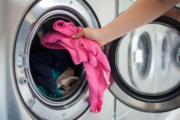 Как правильно почистить стиральную машину?