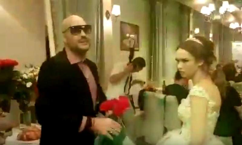 Драку заказывали? На свадьбе Дианы Шурыгиной произошла потасовка