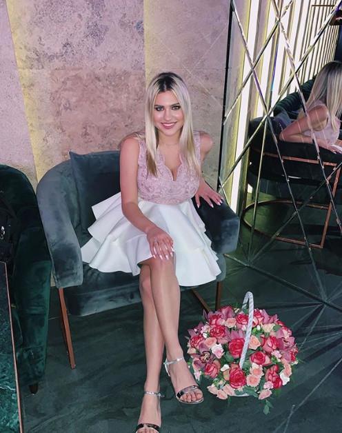 Внучка Боярского в роскошном платье отметила день рождения