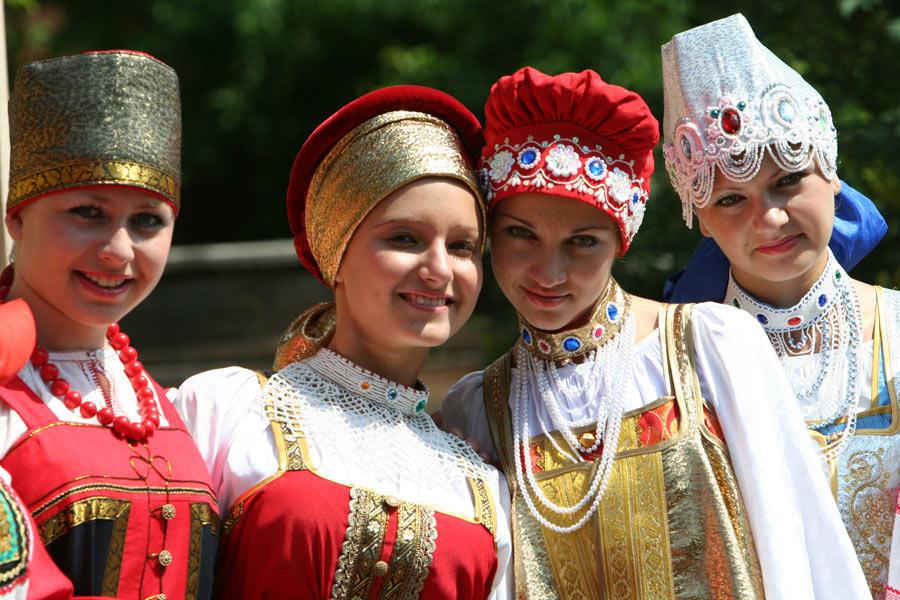"""Русский """"дресс-код""""... Или о том, как по-царски выглядит нормальная русская женщина!"""