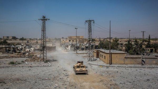 Сирию ждет новая подстава от США: американцы завезли в САР баллоны с хлором