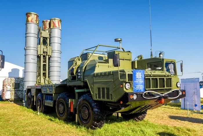 Почему между С-400 и THAAD Ближний Восток выбирает российскую систему ПВО