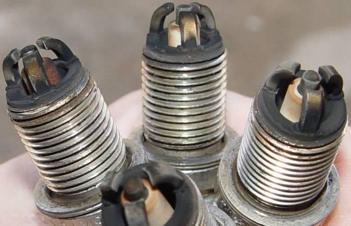 Как доработать автомобильные свечи, чтобы они помогли мотору функционировать лучше