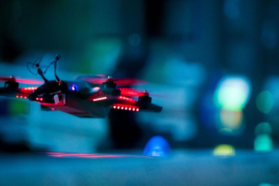 В дрон-рейсинг приглашается ИИ