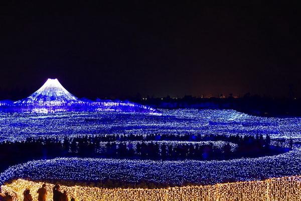 """""""Зимнее освещение"""" в Японии"""