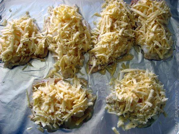 Куриная отбивная с ананасами